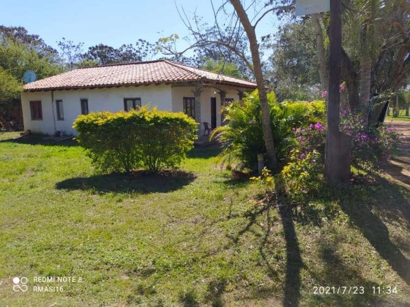 Casa en esquina en parque residencial Mira Lago - Ypacaraí - 1