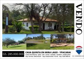 Casa en esquina en parque residencial Mira Lago - Ypacaraí