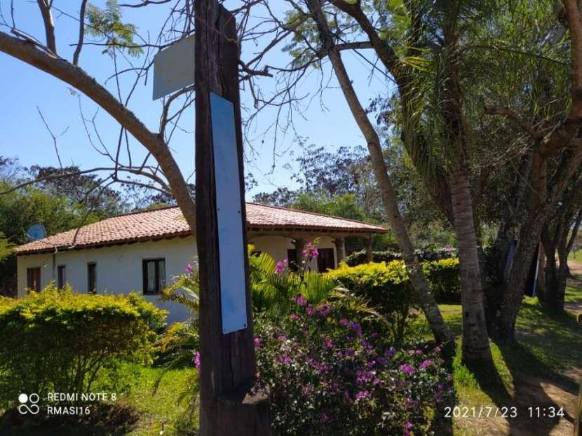 Casa en esquina en parque residencial Mira Lago - Ypacaraí - 2