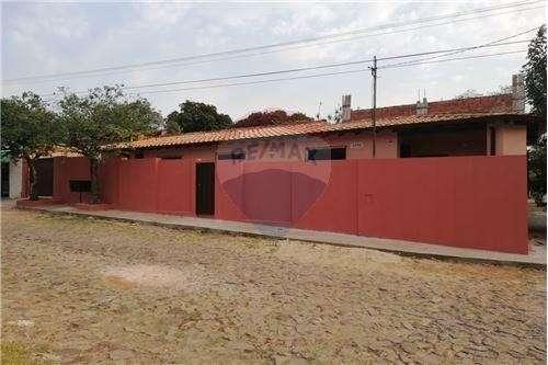 Casa Barrio Bella Vista Asunción zona Colegio Magis - 5