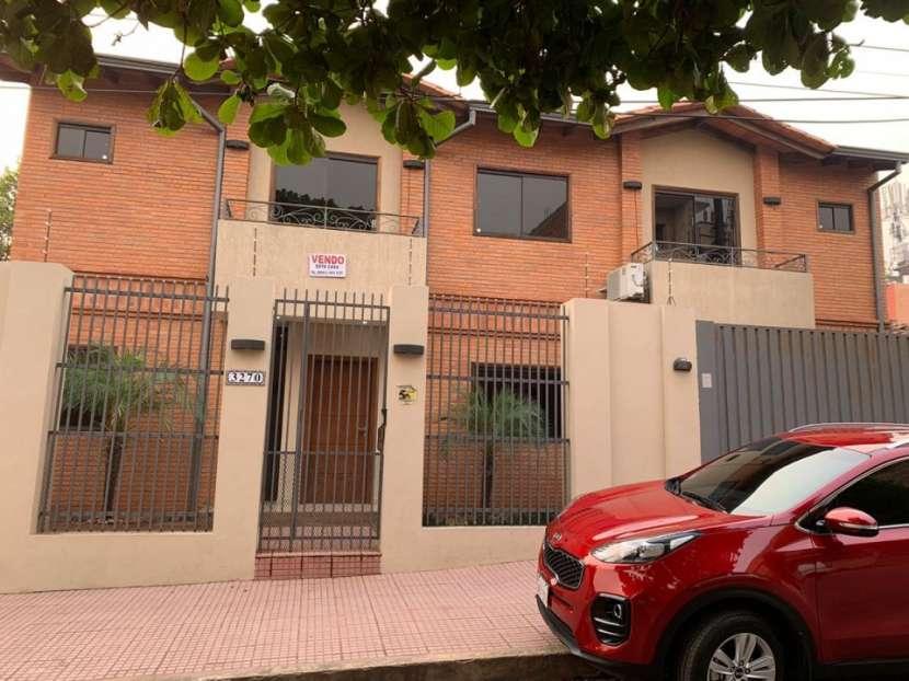 Casa sobre Rojas Silva casi 22 proyectadas - 3