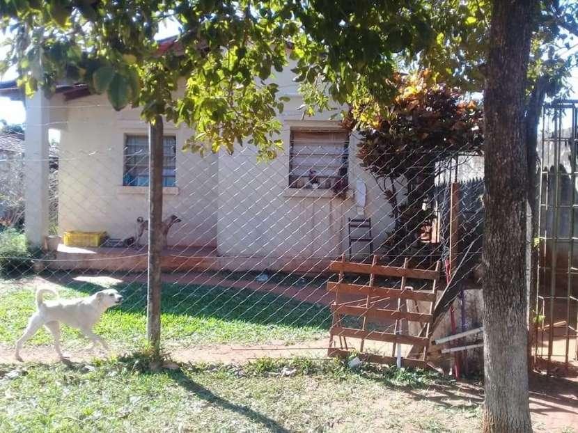 Casa en Laurelty Luque E2399 - 0