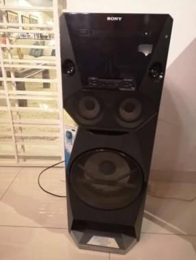 Parlante Sony V6 1.400W