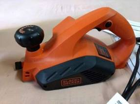 Cepilladora Eléctrica Black+Decker 650W