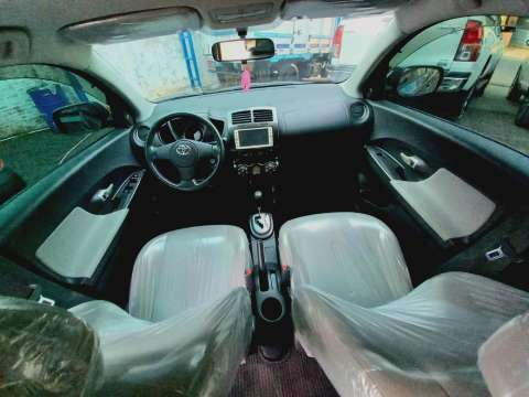 Toyota New IST 2009 - 6