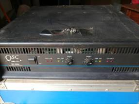Amplicador QSC 2000 Americano
