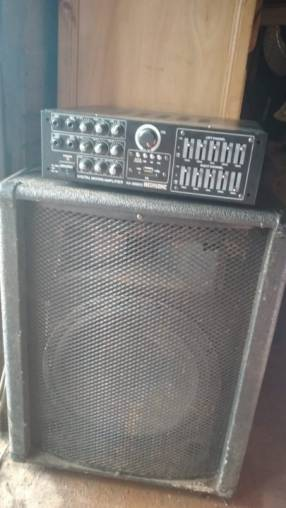 Amplificador 2500 Watts