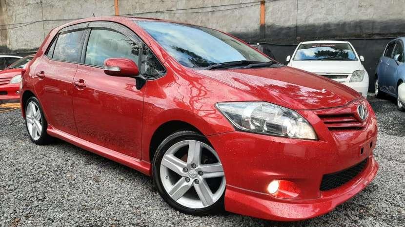 Toyota New Auris RS 2010 - 1