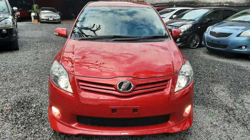 Toyota New Auris RS 2010 - 2