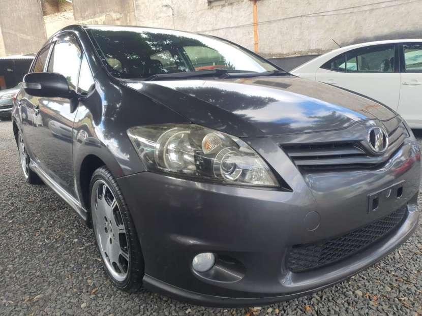Toyota New Auris 2010 - 2