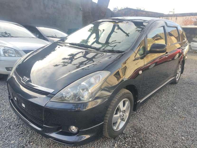 Toyota Wish 2004 - 2