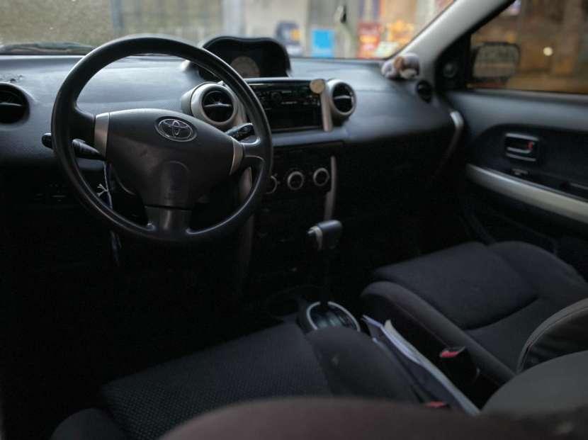 Toyota IST 2003 - 2