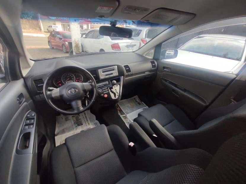 Toyota Wish 2004 - 3