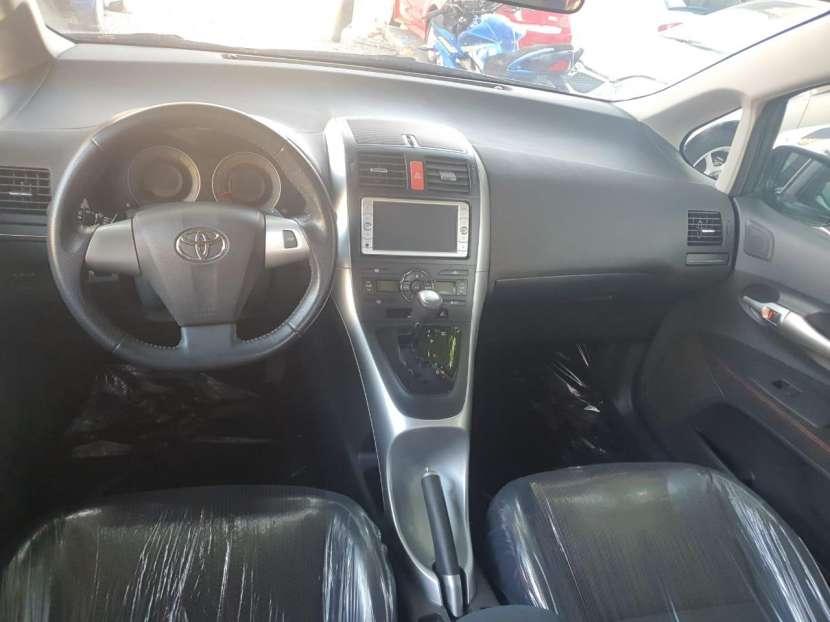 Toyota New Auris 2010 - 4