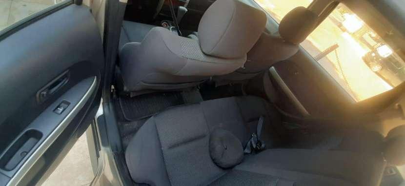 Toyota IST 2003 - 5