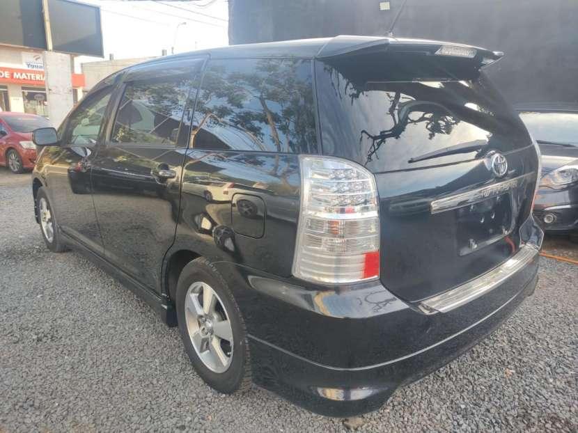 Toyota Wish 2004 - 6