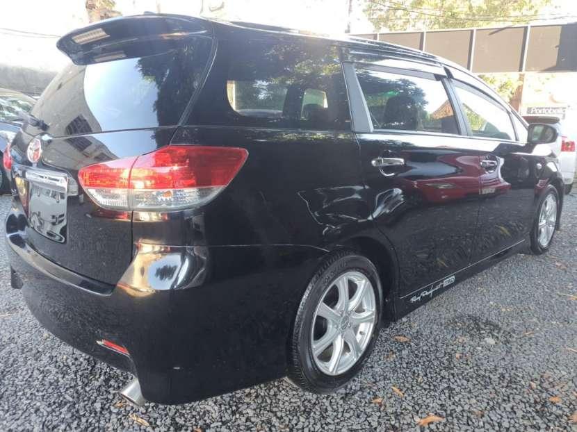 Toyota New Wish 2009 - 7