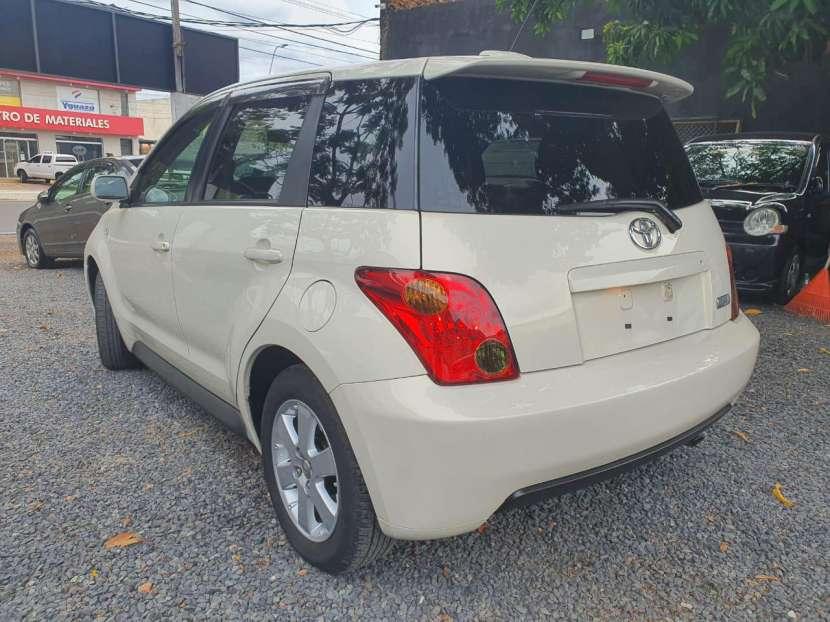 Toyota IST 2005 - 7