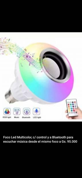 Foco LED multicolor c/ parlante incorporado
