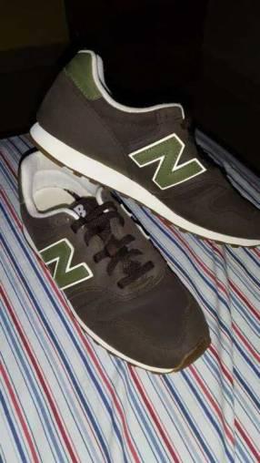 Calzado New Balance calce 42