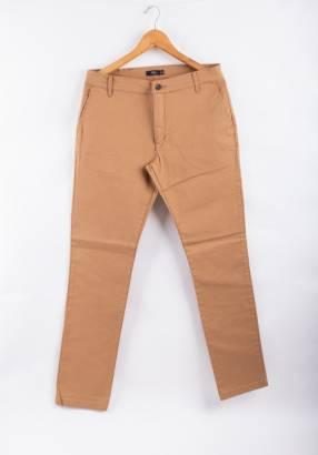 Pantalón chino flat con flex lycra para hombres