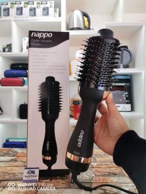 Cepillo y secador Nappo