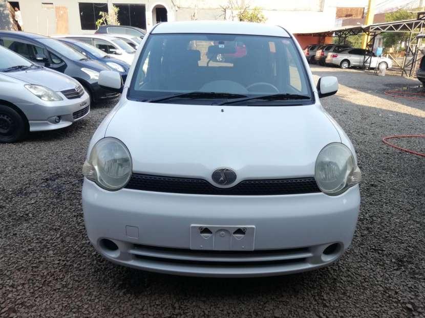 Toyota Sienta 2006 - 1