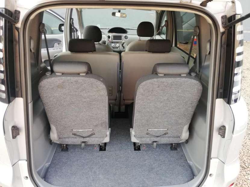 Toyota Sienta 2006 - 7