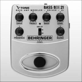 Pedal Preamp para bajo Berhringer con caja directa