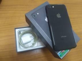 iPhone 8 de 64 gb gris espacial