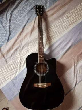 Guitarra acústica Suzuki