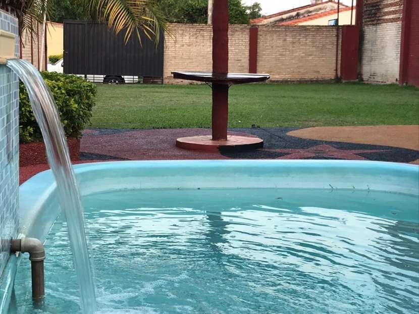 Quinta con piscina - 0