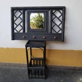 Perchero con espejo y mesita