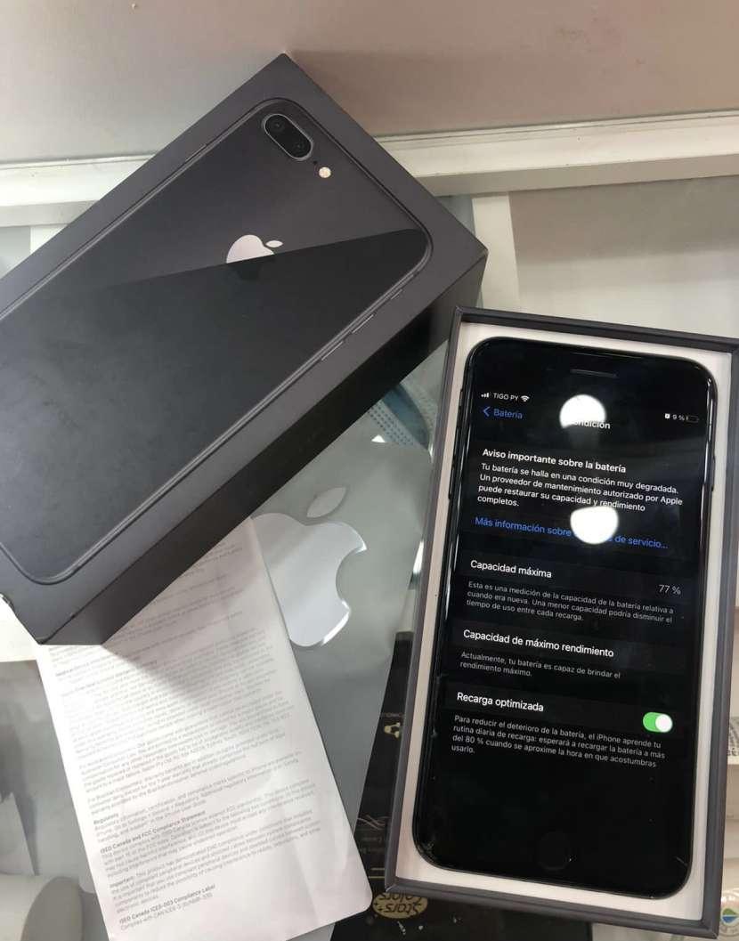 iPhone 8 Plus de 64 gb - 1