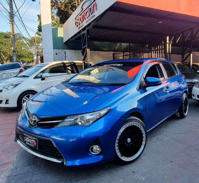 Toyota All New Auris RS 2015 motor Valvematic 1.8 naftero mecánico 4x2 - 0