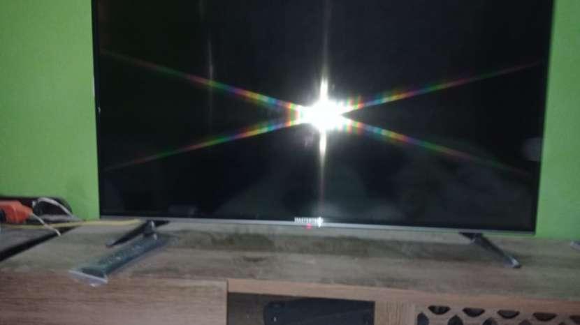 Smart TV Mastertech de 43 pulgadas como nuevo - 3