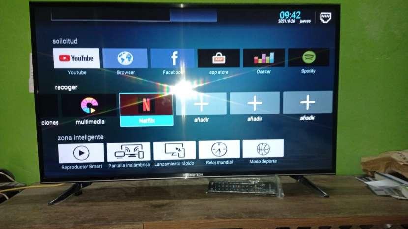 Smart TV Mastertech de 43 pulgadas como nuevo - 1