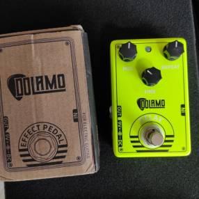 Pedal Delay Dolamo D-14 para guitarra