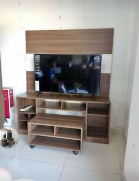 Combo Natal panel rack mesa centro con ruedas tv hasta 55 pulgadas 2812