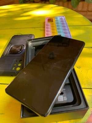 Samsung Galaxy S20 Plus - 1