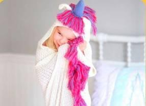 Manta de unicornio para niña