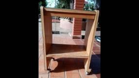 Mesa pequeña móvil