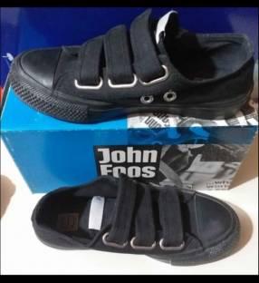 Calzado John Foos calce 37