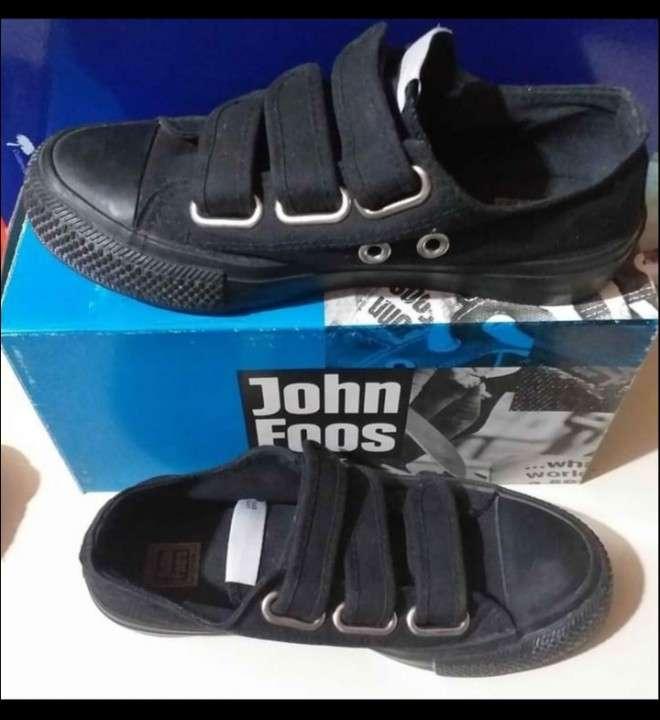 Calzado John Foos calce 37 - 0