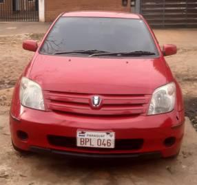 Toyota IST 2002