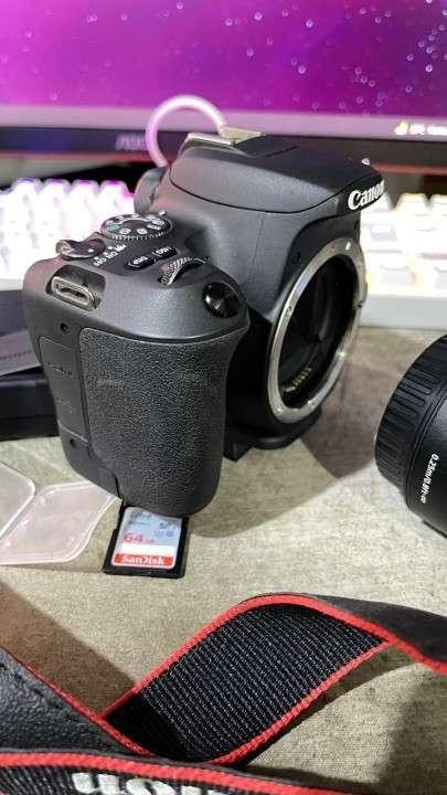 Cámara Canon SL2 especial para crear contenido - 2