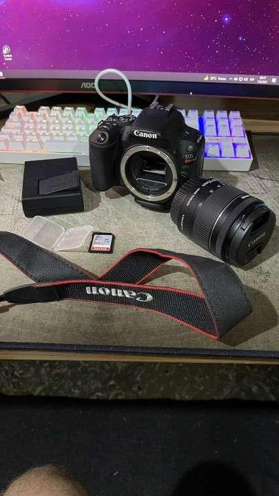 Cámara Canon SL2 especial para crear contenido - 3