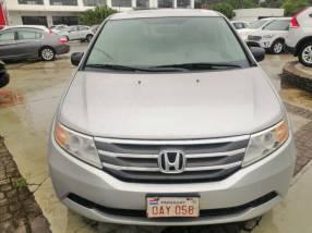 Honda Odyssey EXL 2011 motor V6 3.5 naftero automático