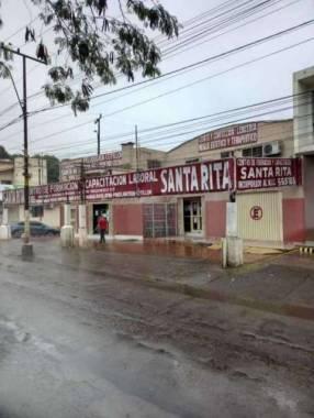 Inmueble en esquina sobre avenida Fernando de la Mora