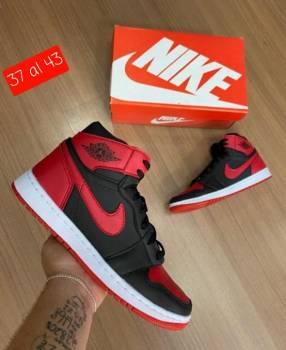 Bota Nike Jordan